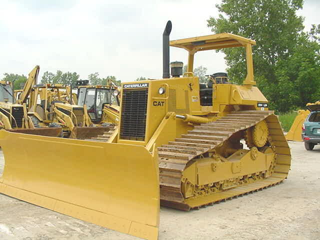1987 Cat D5H LGP Crawler Dozer in Novi, Michigan, United States