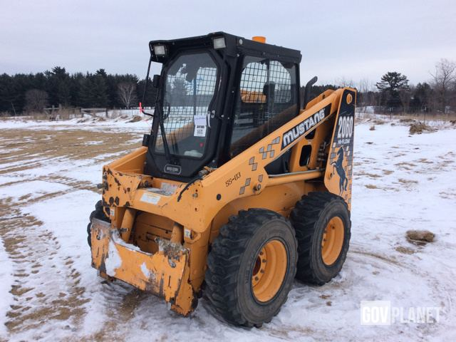 Surplus Mustang 2060 Skid-Steer Loader in Randall, Minnesota
