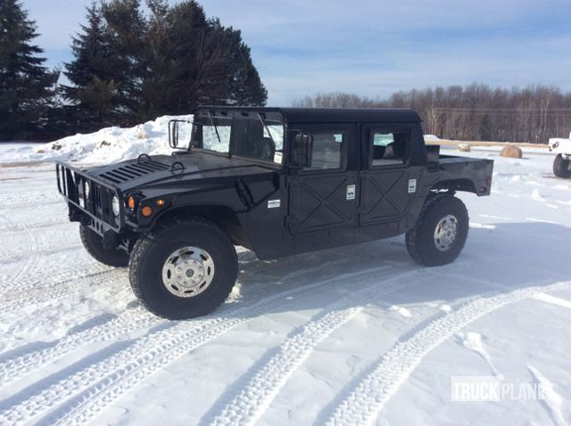 surplus 1993 am general m998 humvee hmmwv in lena wisconsin united rh govplanet com Army Auction Hummer Hummer H1