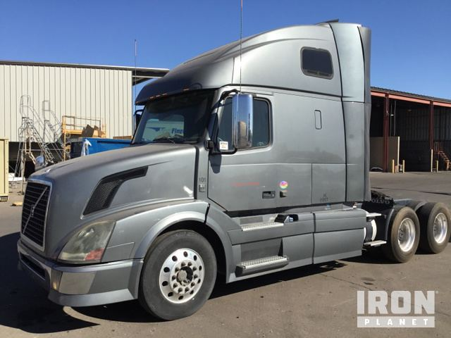 2012 Volvo VNL T/A Sleeper Truck Tractor in Phoenix, Arizona