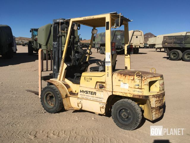 Surplus Hyster H60XM Pneumatic Tire Forklift in Yermo, California