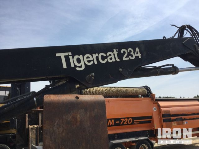 2012 Tiger Cat 234 Trailer Mounted Log Loader in Hope Mills, North