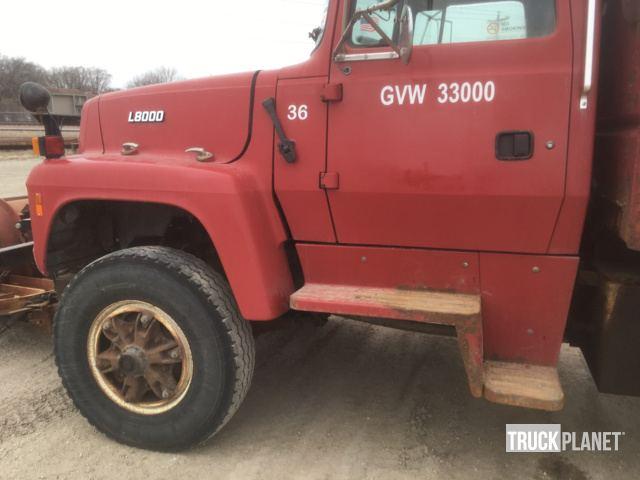 1996 ford l8000 s a dump truck in waterloo iowa united states rh ironplanet com Ford LT 8000 Ford Ln 8000 Race Car Hauler