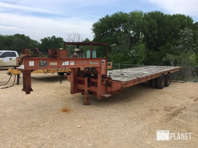 Surplus 1981 Loadcraft IMP-14T T/A Flatbed Trailer in Austin
