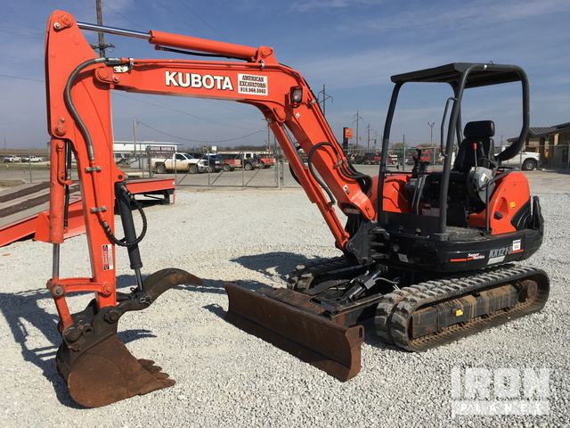 2014 Kubota KX121-3ST Mini Excavator in Shawnee, Oklahoma