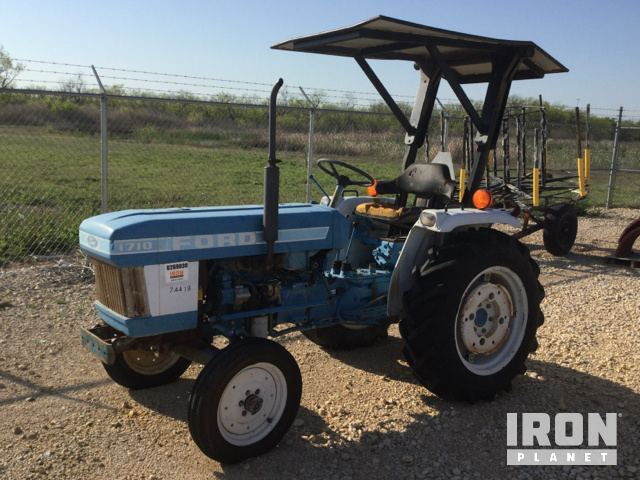 Ford 1710 2WD Tractor in Abilene, Texas, United States