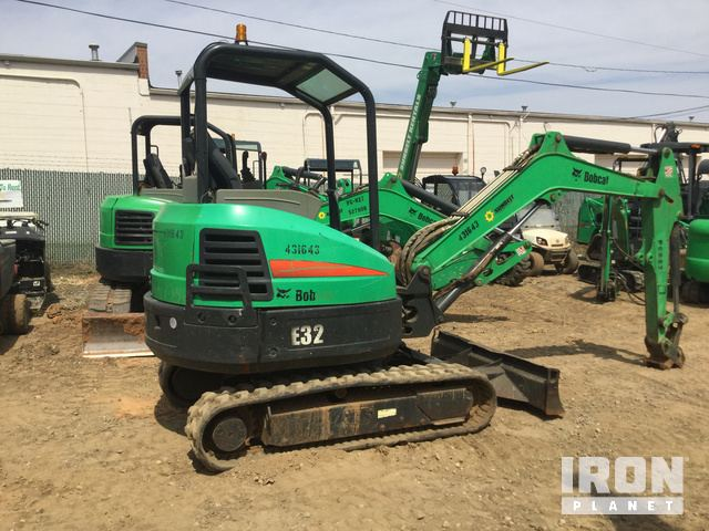 2012 Bobcat E32 Mini Excavator in Pineville, North Carolina