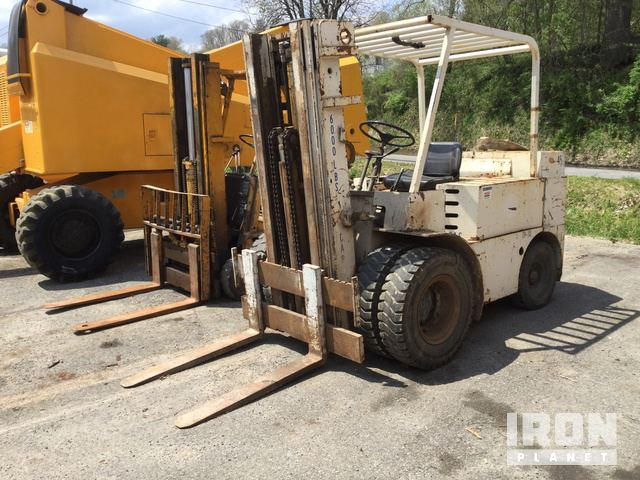 Allis Chalmers ACP 60 2PS Pneumatic Tire Forklift in Beckley, West