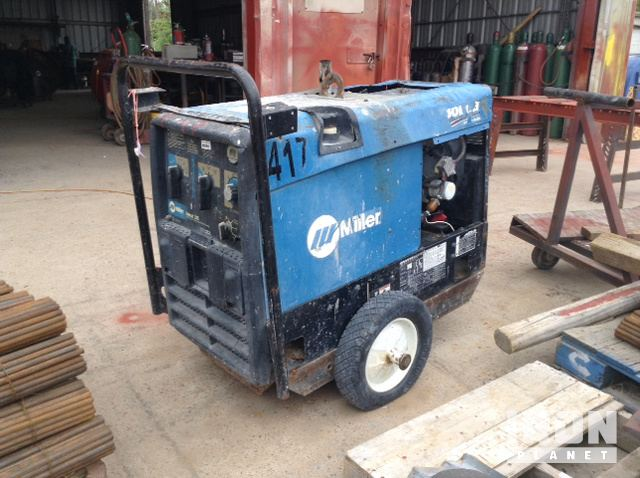 2008 Miller Bobcat 225 Engine Driven Welder in Laredo, Texas