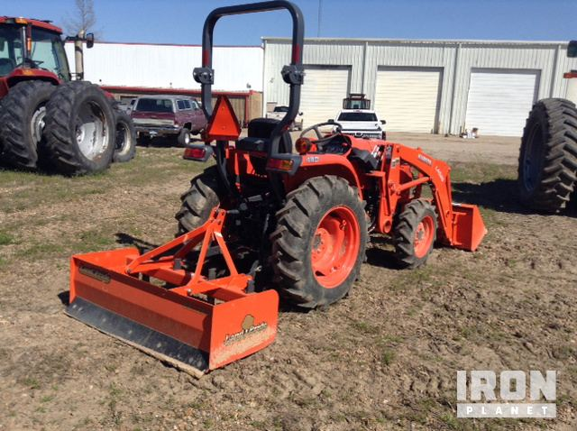 2015 Kubota L3301D 4WD Tractor, Cleveland, Mississippi