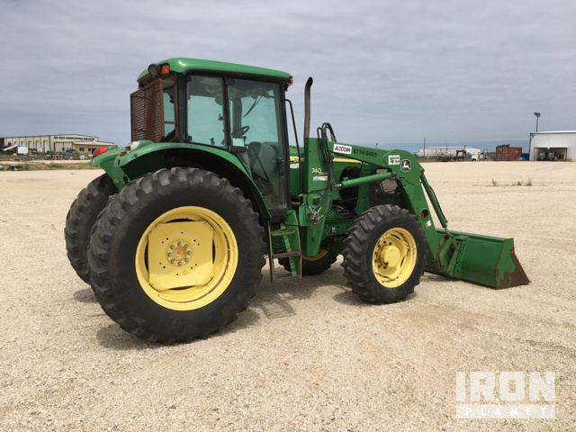 2005 John Deere 6715 4WD Tractor in Pleasanton, Texas