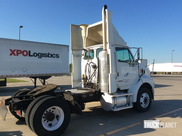 2009 Sterling A9500 S/A Day Cab Truck Tractor in Robinson, Texas