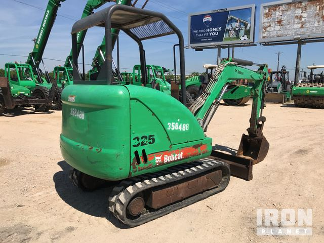 2011 Bobcat 325 Mini Excavator in Texas City, Texas, United