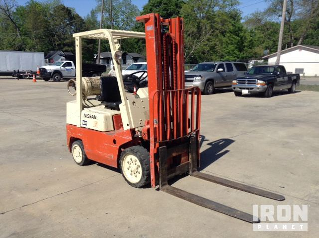 Datsun CPF02A25V Cushion Tire Forklift in Greenville, Mississippi