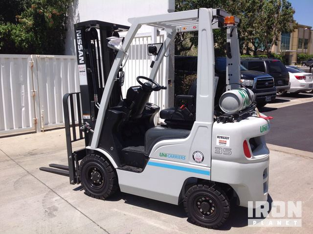 2016 UniCarriers PF35LP Pneumatic Tire Forklift in Ontario ... on
