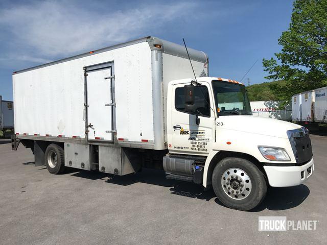 2011 Hino 338 Cargo Truck, Butler, Pennsylvania, Estados