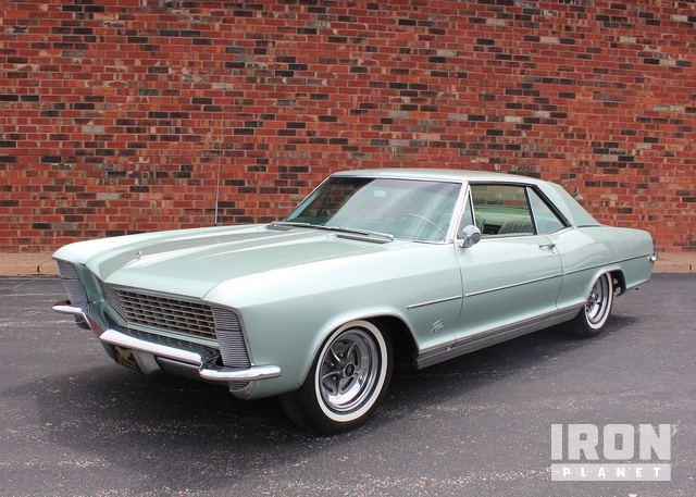 1965 Buick Riviera Wildcat 445