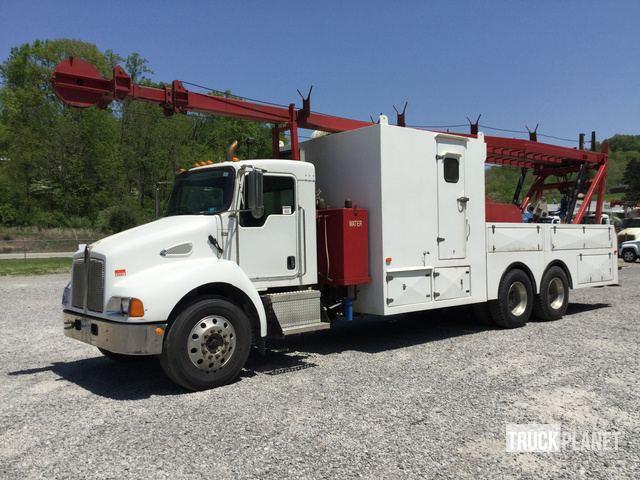 2006 Kenworth T300 Wireline Truck in Weston, West Virginia, United
