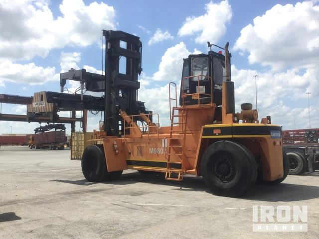 Fantuzzi 450H Container Handler in Haslet, Texas, United