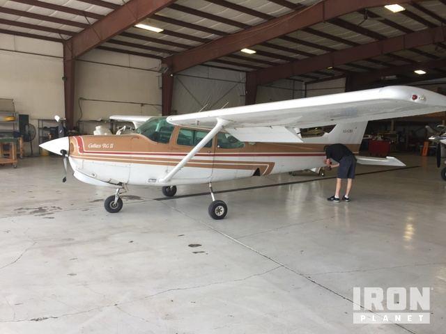 1980 (unverified) Cessna 172RG Plane - Salvage in Olathe, Kansas