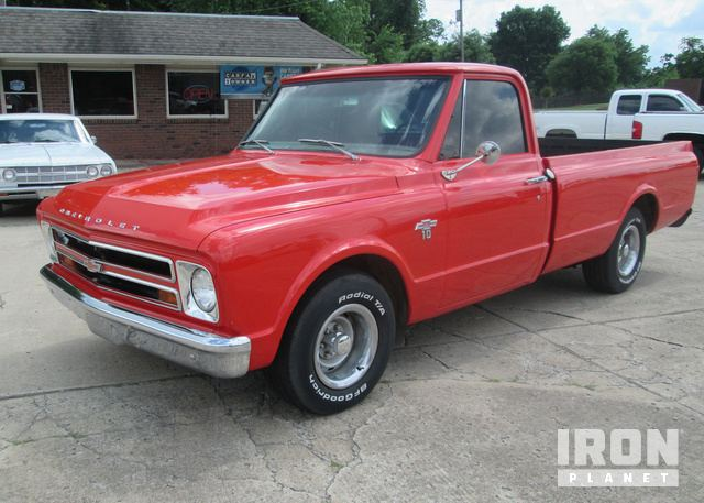 1967 Chevrolet C10 Custom Long Bed Pickup in Tulsa, Oklahoma
