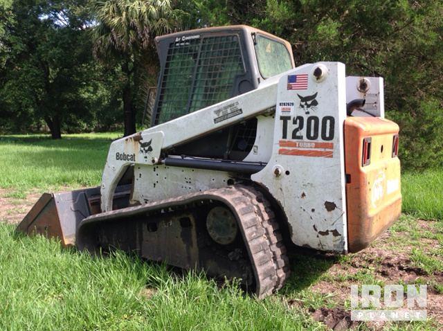 Bobcat T200 Compact Track Loader in Fort Mc Coy, Florida