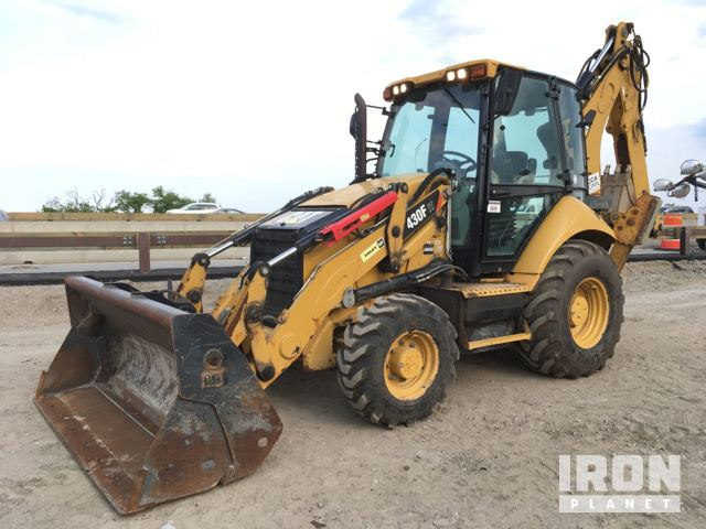 2013 Cat 430FIT 4x4 Backhoe Loader in Brooklyn, New York, United