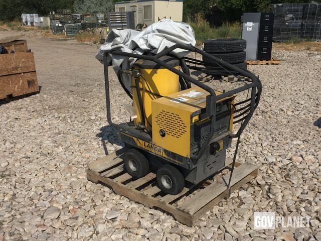 Surplus Landa VHW2-11025D Pressure Washer in Farr West, Utah
