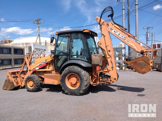 Case 580 Super M 4x4 Backhoe Loader in Astoria, New York