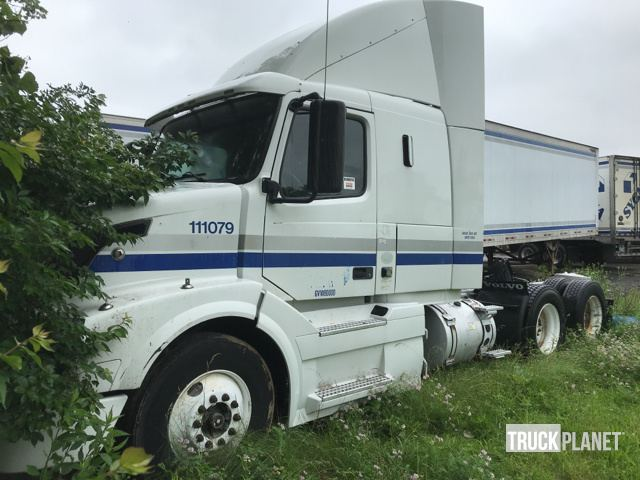 2010 Volvo Vnl T A Sleeper Truck Tractor In Columbus Ohio