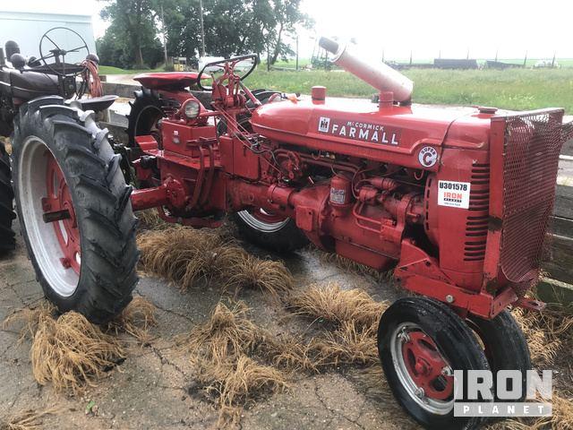 Farmall Super C Antique Tractor in Alden, Iowa, United