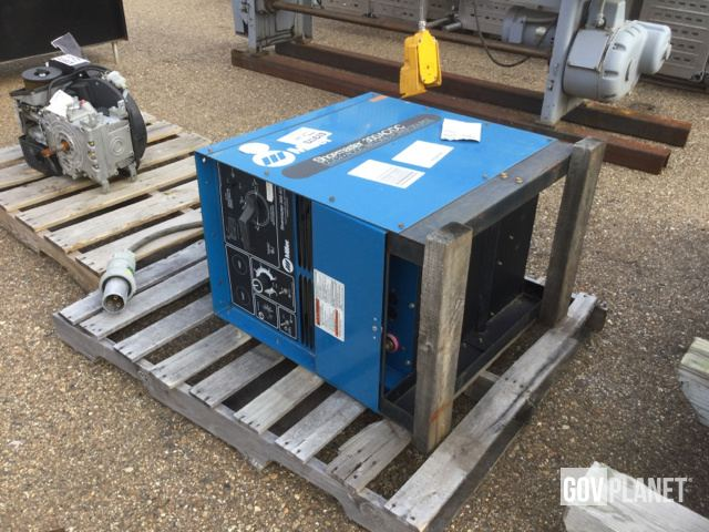 Surplus Miller Shopmaster 300 AC / DC Welding Power Source