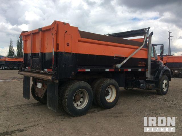 2005 International 7500 T/A Dump Truck in Edmonton, Alberta, Canada