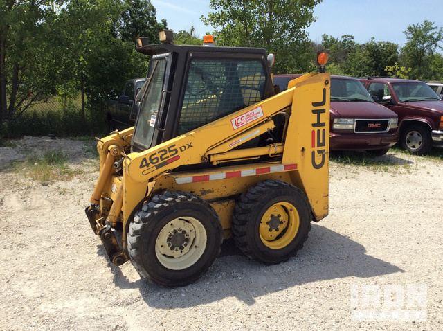 Gehl 4625 DX Skid-Steer Loader in Milwaukee, Wisconsin