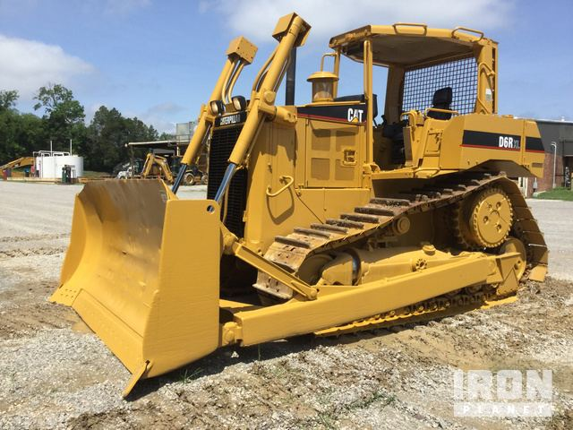 2004 Cat D6R XL Crawler Dozer in Knoxville, Tennessee, United States