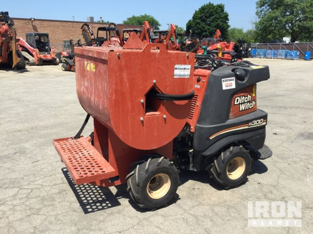 2017 Ditch Witch R300 Concrete Mixer Buggy in Carol Stream, Illinois