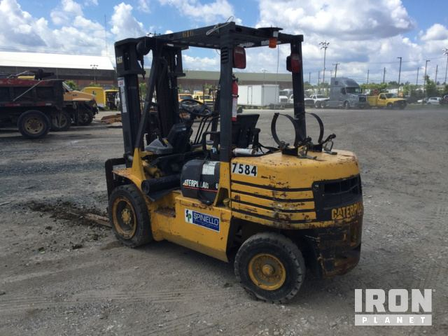 Cat GP30 Cushion Tire Forklift in Baltimore, Maryland