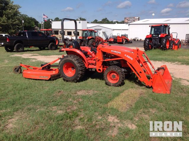 2015 Kubota L3901D 4WD Tractor in Athens, Texas, United