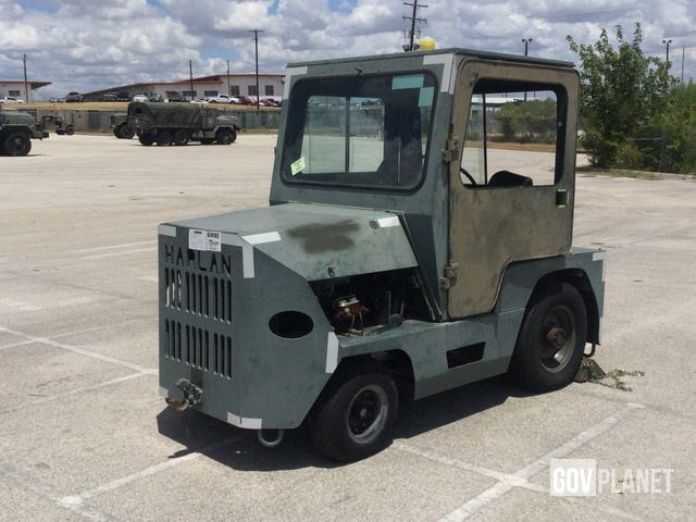 Surplus Harlan HTAB40 Tow Tractor in Fort Sam Houston, Texas, United ...