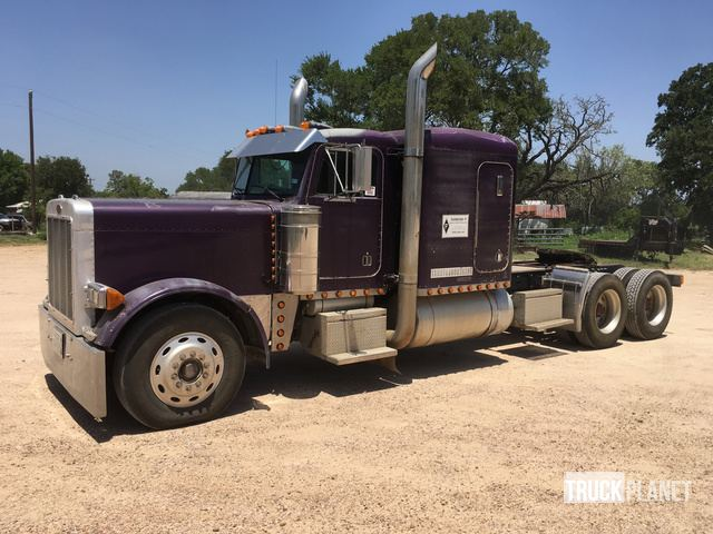 1993 Peterbilt 379 T/A Sleeper Truck Tractor in Dime Box, Texas, United States (TruckPlanet Item #1591192)