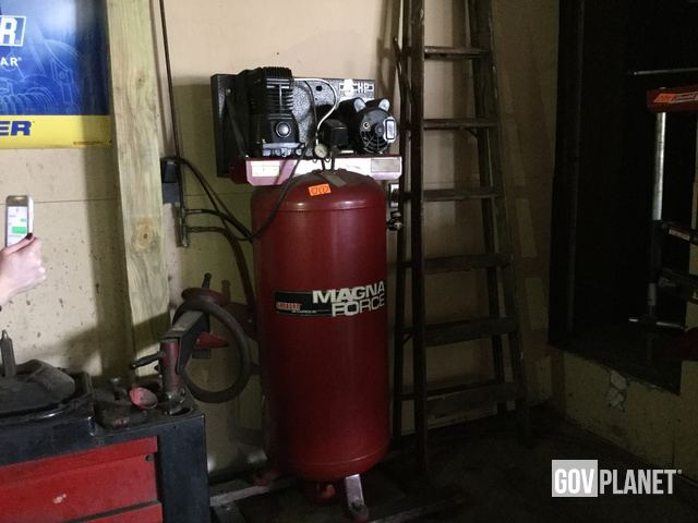 Sanborn Magna Force 5hp 60 Gal Vertical Air Compressor 1 Item L 010 In Mount Joy Pennsylvania United States Ironplanet 1591246