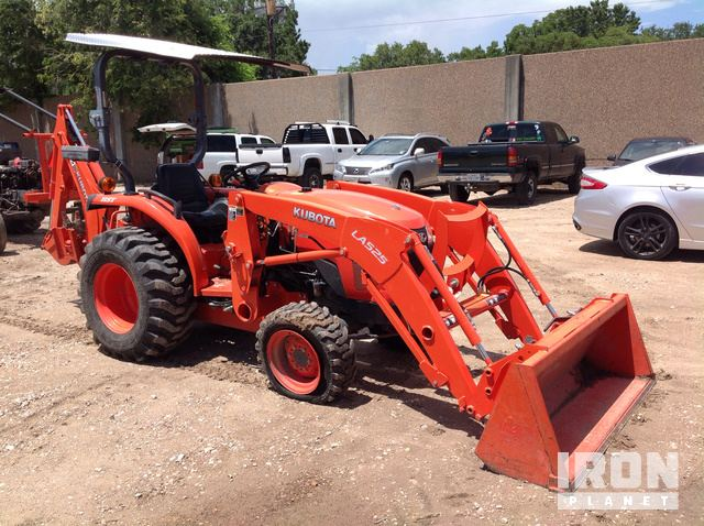 2015 Kubota L2501D 4WD Tractor in Houston, Texas, United