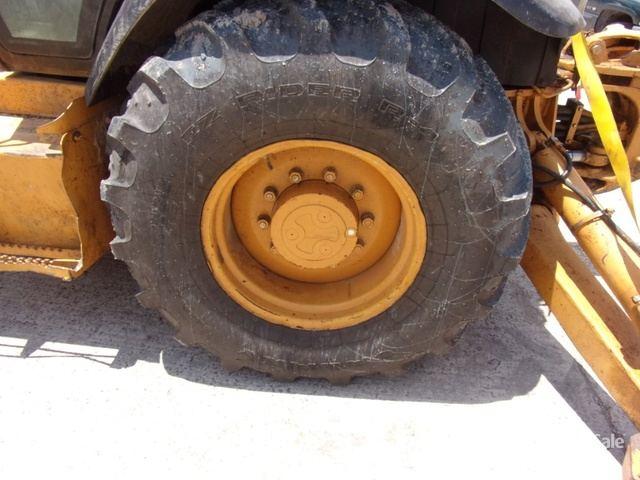 Case 580 Super L Backhoe Loader in Greenville, Mississippi