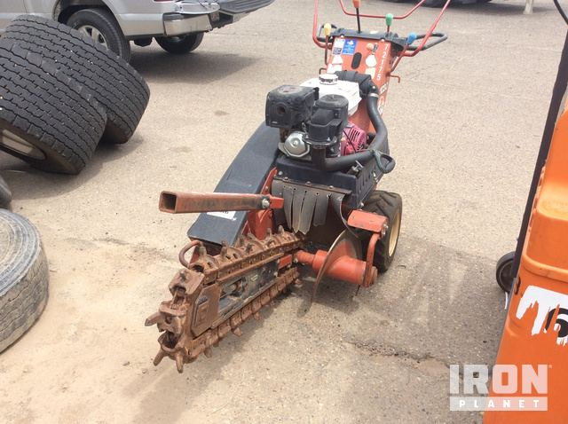 2006 Ditch Witch 1030 Trencher in Farmington, New Mexico, United