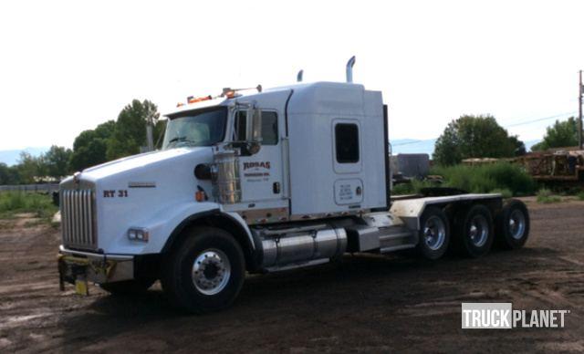 2007 Kenworth T800 Tri A Sleeper Truck Tractor In Los Lunas