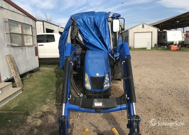 2010 New Holland T5070 4WD Tractor in Weimar, Texas, United
