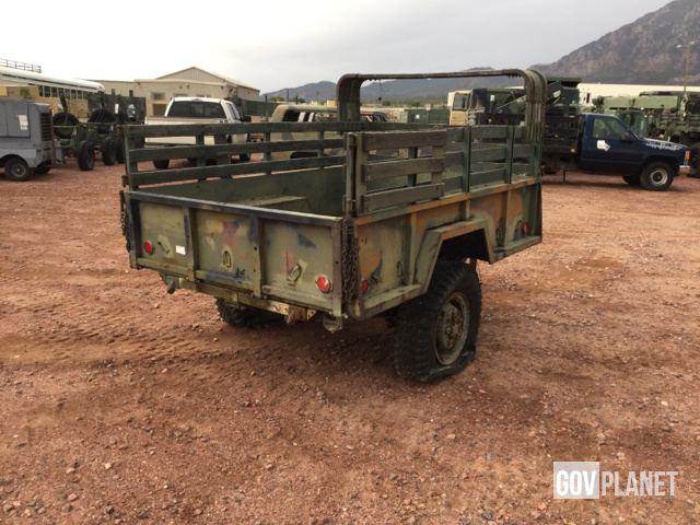 Surplus 1968 US ARMY Tank Automotive Command M101A1 Cargo