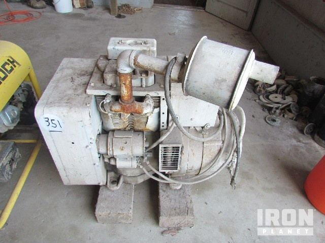 ONAN 6 KW Gen p/b ONAN 2-Cyl Air-Cooled Diesel Eng in St