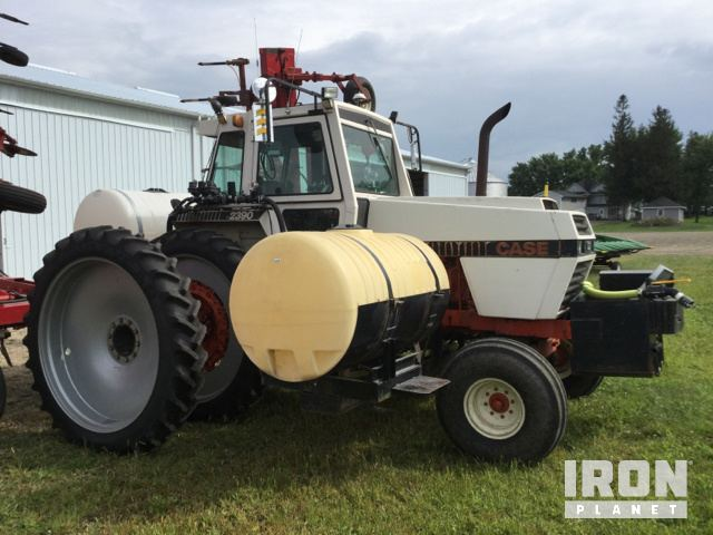 Case 2390 2WD Tractor in Scarville, Iowa, United States