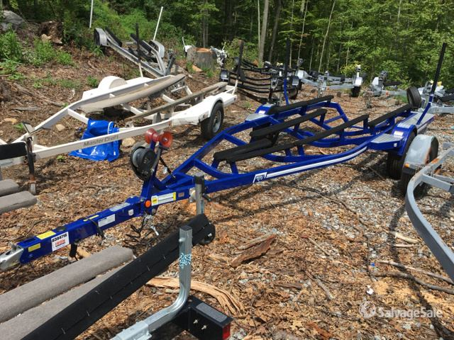 2017 Mastercraft ProStar Boat Trailer in Brookfield, Connecticut